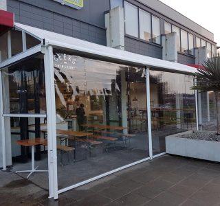 Canopy Ziptrak Screens clear PVC Commercial Geeks Cafe 2 320x300 - Fixed Panel Screens / Wind Break
