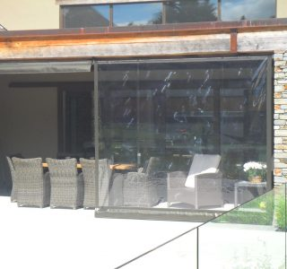 Crank Handle Screens clear PVC Residential 23 320x300 - Crank Screens / Roller Blinds / Outdoor Curtains