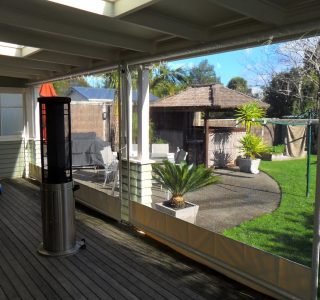 Crank Handle Screens clear PVC Residential 24 320x300 - Roller Blinds / Outdoor Curtains - Ziptrak®