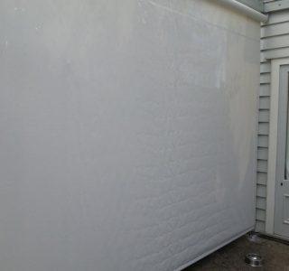Crank Handle Screens mesh Residential 11 320x300 - Fixed Panel Screens / Wind Break