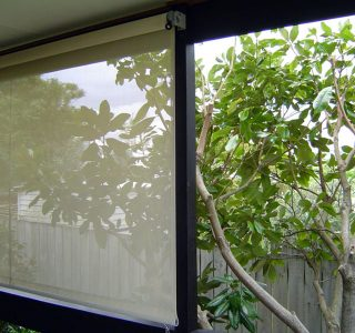 Crank Handle Screens mesh Residential 7 320x300 - Crank Screens / Roller Blinds / Outdoor Curtains