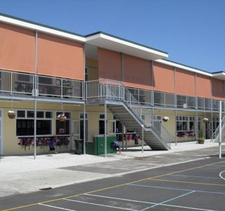 Crank Screens mesh Commercial Papatoetoe East School 2 320x300 - Roller Blinds / Outdoor Curtains - Ziptrak®