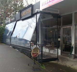 Crank screens clear PVC Commercial Florentine Cafe  320x300 - Roller Blinds / Outdoor Curtains - Ziptrak®