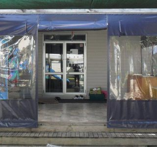 Hand Rolled Screens clear PVC Commercial Pomaria Kohunga 320x300 - Roller Blinds / Outdoor Curtains - Ziptrak®