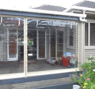 Hand Rolled Screens clear PVC Residential 38 320x300 - Fixed Panel Screens / Wind Break