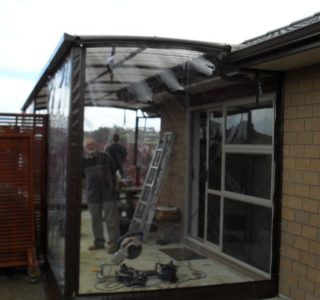 Hand Rolled Screens clear PVC Residential 42 320x300 - Crank Screens / Roller Blinds / Outdoor Curtains