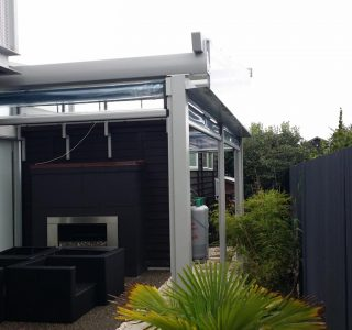 Omega Retractable Pergola Residential 7 320x300 - Retractable Pergola Roofs