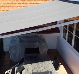 Retractable Awning Classic 2 320x300 - The 'Santana' Classic
