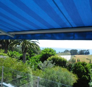 Retractable Awning Classic 72 320x300 - The 'Santana' Classic