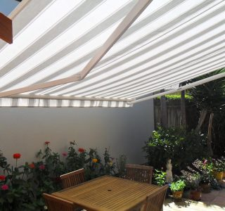 Retractable Awning Classic 83 320x300 - The 'Santana' Classic