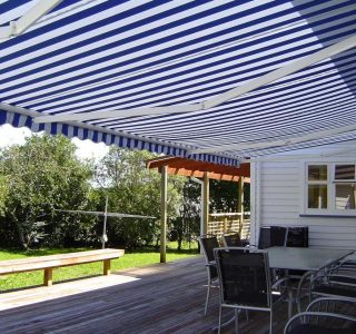 Retractable Awning Classic 92 320x300 - The 'Santana' Classic