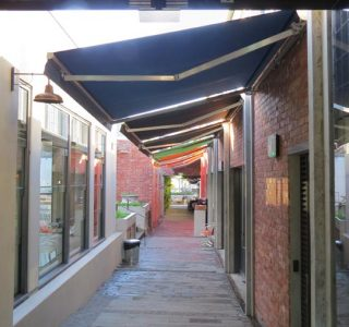 Retractable Awning Classic Eatery Market Lane Takapuna Commercial 2.JPG 320x300 - The 'Santana' Classic