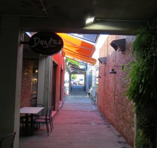 Retractable Awning Classic Eatery Market Lane Takapuna Commercial4 .JPG 320x300 - The 'Santana' Classic