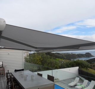 Retractable Awning Classic In front of gutter mount 1 320x300 - The 'Santana' Classic