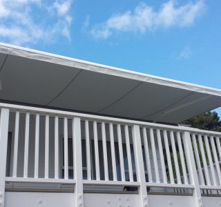 Retractable Awning Classic In front of gutter mount 5 320x300 - The 'Santana' Classic