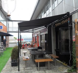 Retractable Awning Classic Tokyo Club  320x300 - The 'Santana' Classic