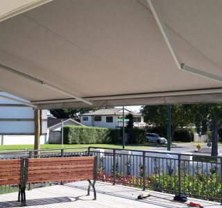 Retractable Awning Classic in front of gutter mount 1 9 320x300 - The 'Santana' Classic