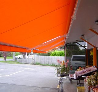 Retractable Awning Commercial Retail 320x300 - The 'Santana' Classic