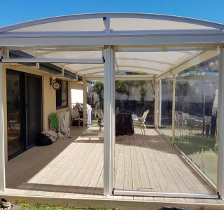 Ziptrak Screens clear PVC Residential 15 320x300 - Crank Screens / Roller Blinds / Outdoor Curtains