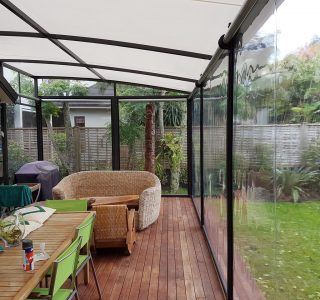 Ziptrak Screens clear PVC Residential 2 1 320x300 - Crank Screens / Roller Blinds / Outdoor Curtains