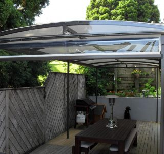 Ziptrak Screens clear PVC Residential 21 320x300 - Crank Screens / Roller Blinds / Outdoor Curtains