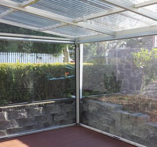 Ziptrak Screens clear PVC Residential 6 320x300 - Crank Screens / Roller Blinds / Outdoor Curtains