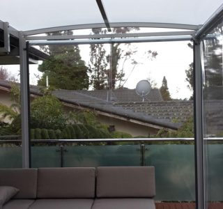 Ziptrak Screens clear PVC Residential 9 320x300 - Fixed Panel Screens / Wind Break