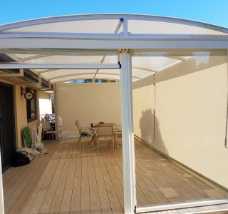 Ziptrak Screens mesh clear PVC Residential 31 320x300 - Fixed Panel Screens / Wind Break