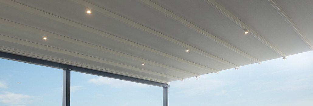 Residential Courtyard Retractable Pergola Roofs