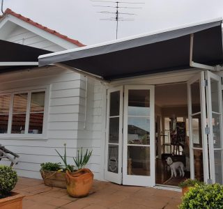retractable awning Auckland patio