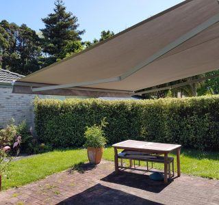 retractable patio awning 2