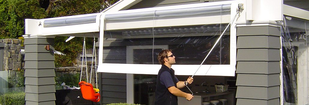 Crank Screens / Roller Blinds / Outdoor Curtains